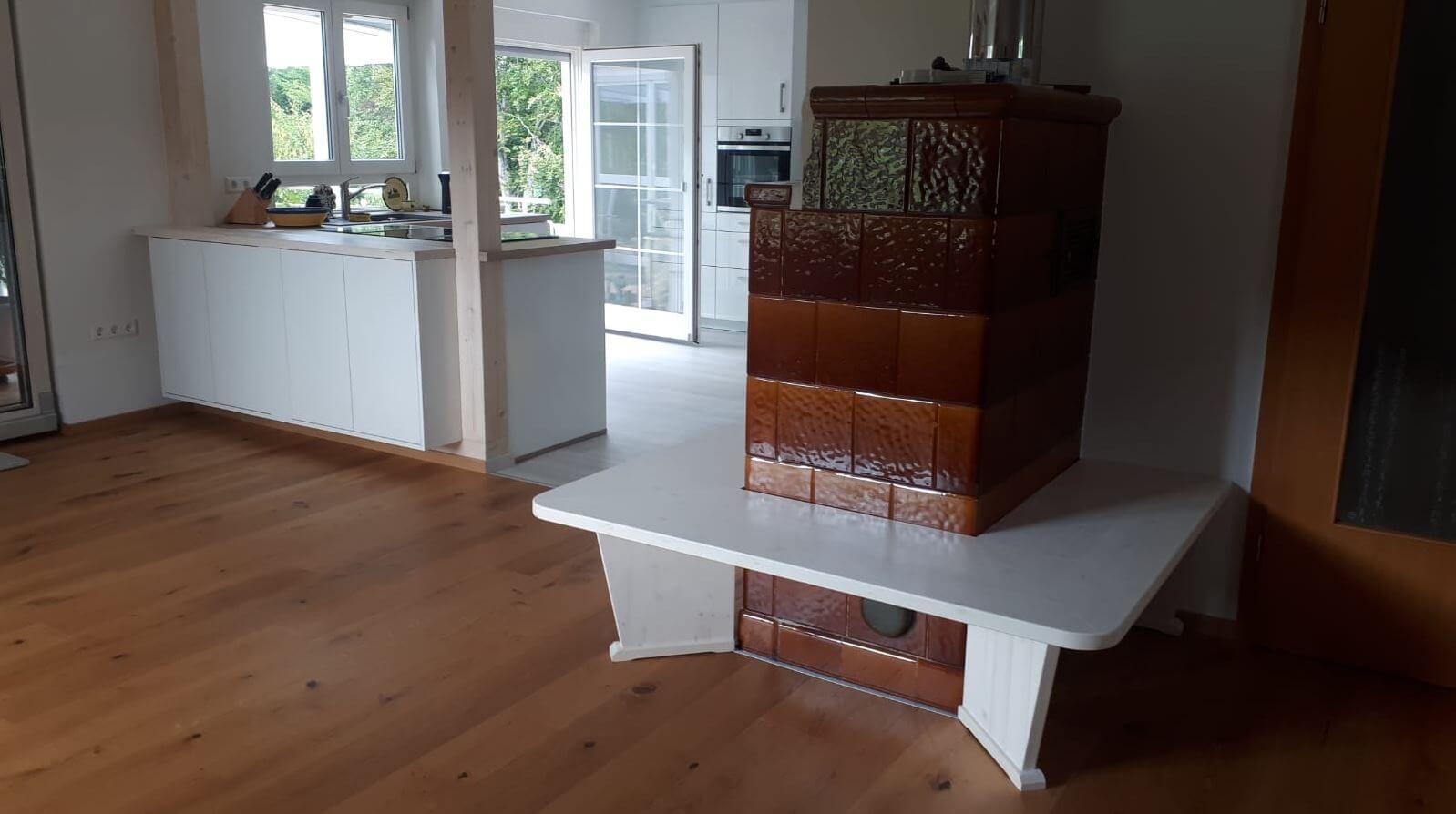 Sitzbank Kamin individuell gefertigt, Schreinerei Eßlinger Wolfach Kinzigtal
